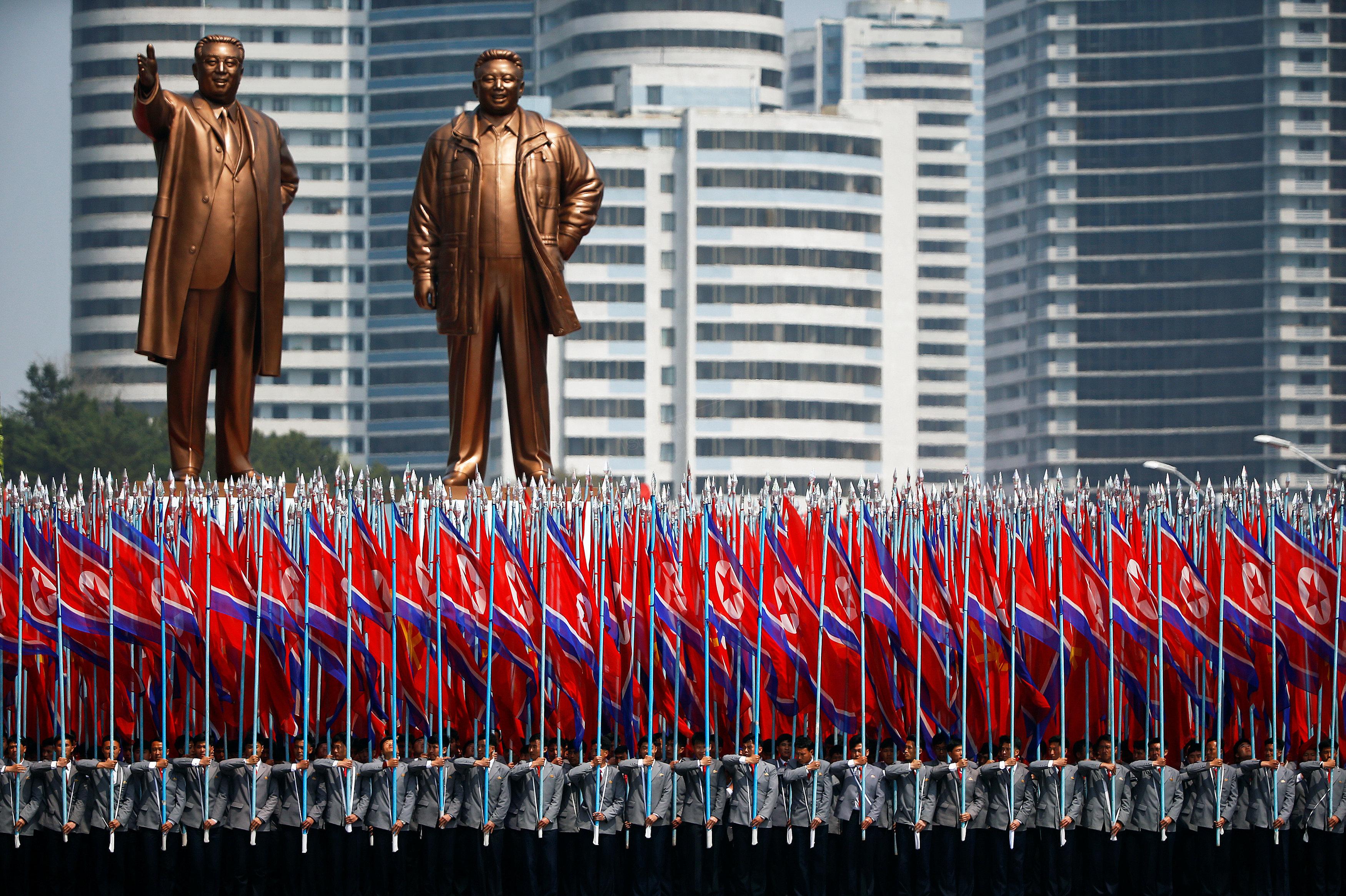 Parade militaire en Corée du Nord
