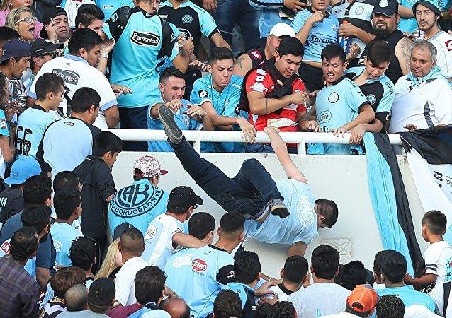 Le lynchage d'un fan argentin