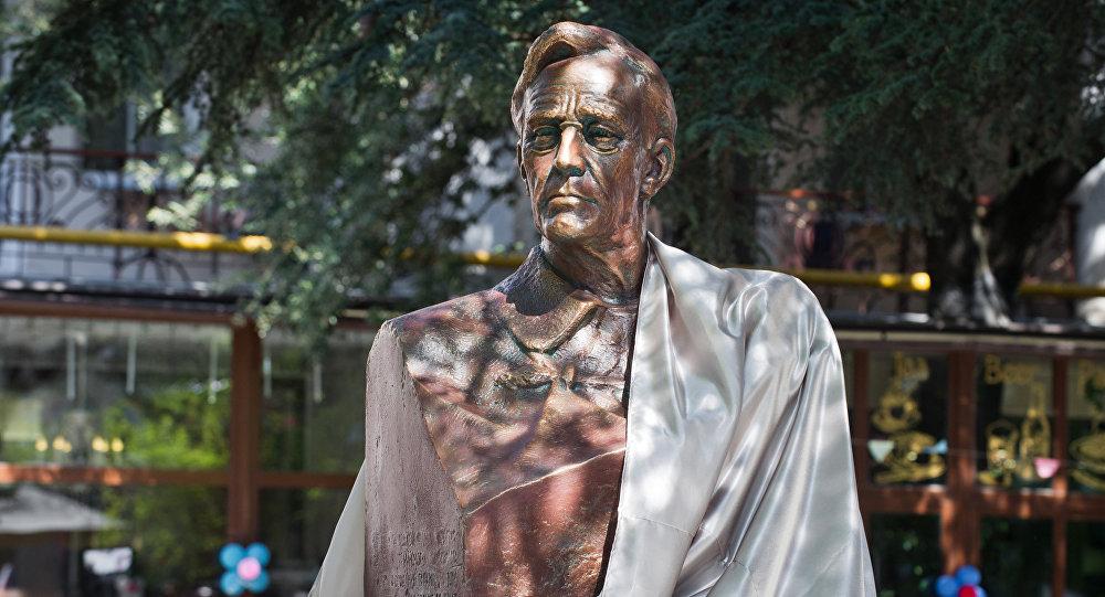 Un buste de Franklin Roosevelt installé à Yalta en Crimée