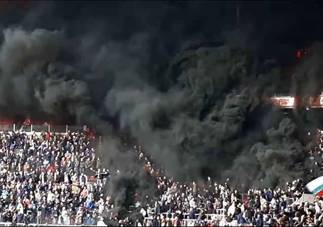 Fumée lors du match à Eindhoven