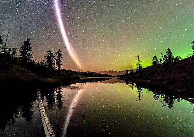 Une aurore boréale récemment retrouvée, baptisée «Steve»