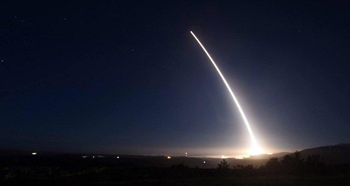 Le lancement du missile Minuteman III