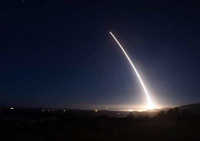 Tir d'un missile balistique intercontinental Minuteman III