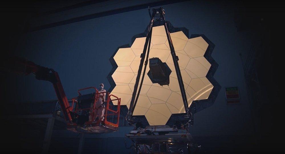 Le téléscope spatial James Webb