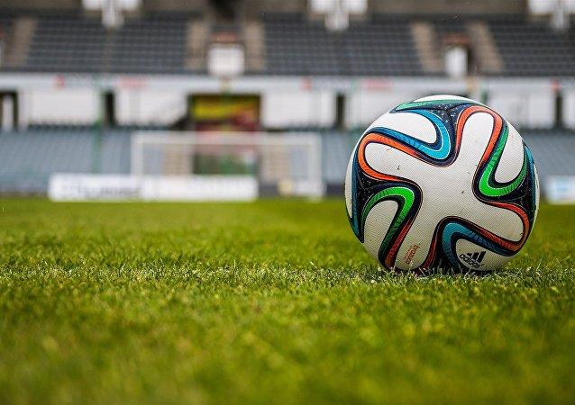 Un footballeur anglais suspendu pour des paris sur des matchs de football