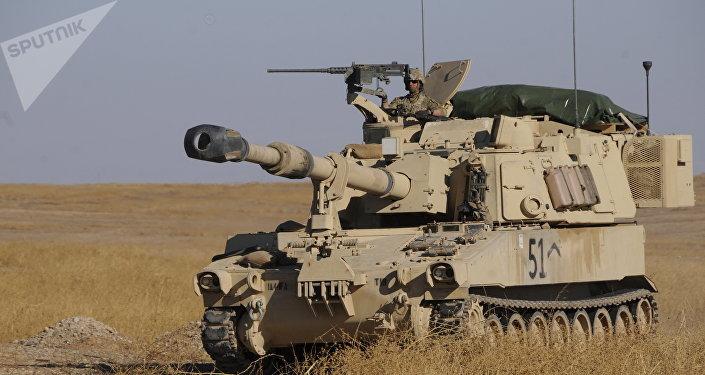 Les USA déploient des troupes et des blindés à la frontière turco-syrienne