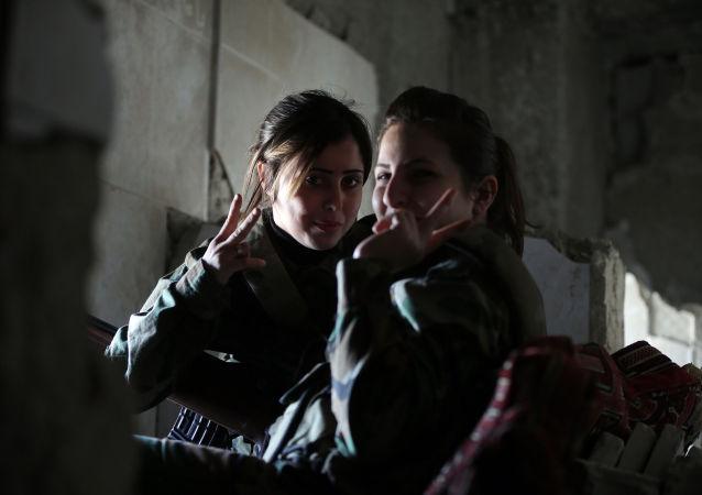 Femmes-snipers en Syrie