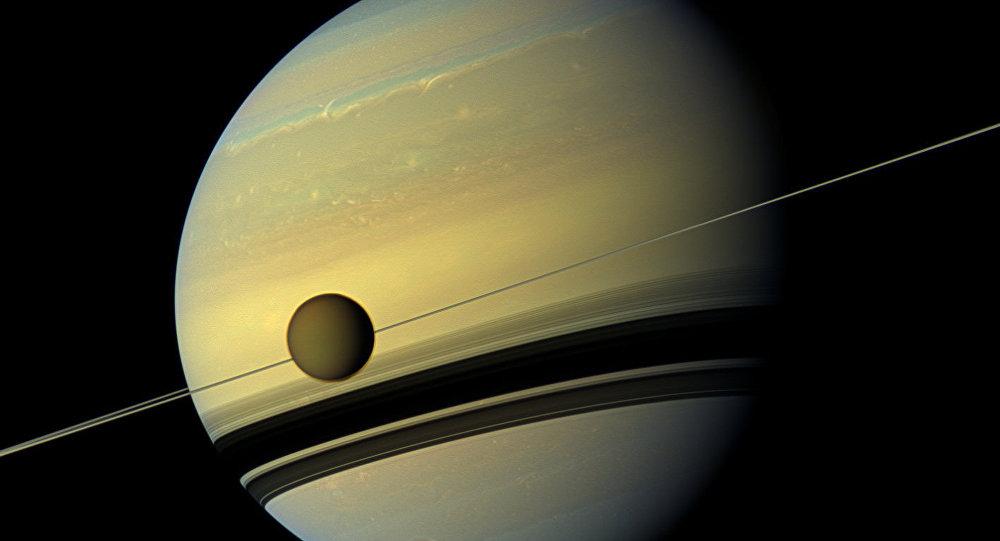 Titan et Saturne