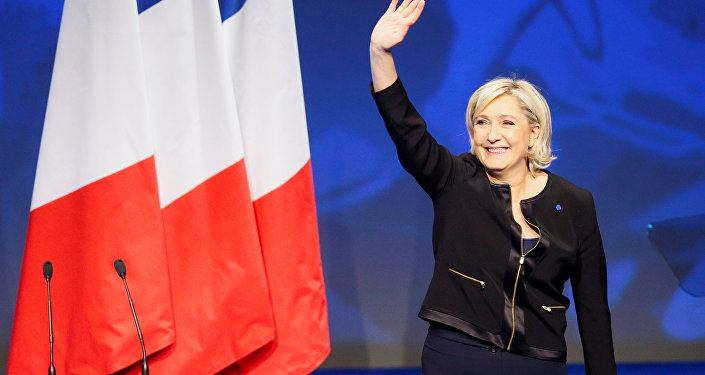 Marine Le Pen: le FN est la première force d'opposition