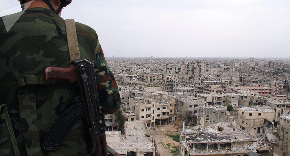 L'armée syrienne pilonnée depuis des zones tenues par les forces US