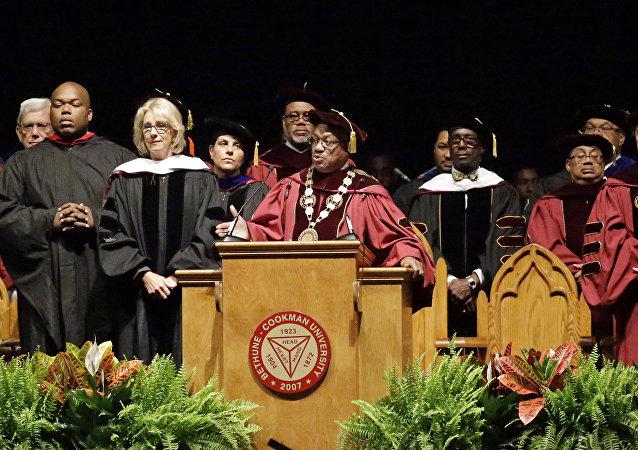 USA: le ministre de l'Éducation hué par des étudiants afro-américains