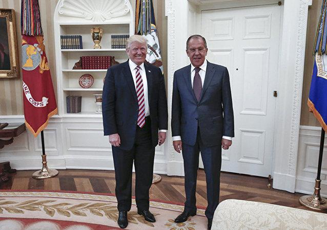 La rencontre entre Sergueï Lavrov et Donald Trump en 2017