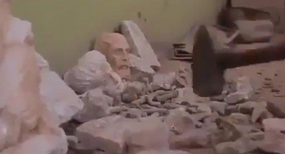Des statues antiques détruites par Daech dans l'est de la Syrie