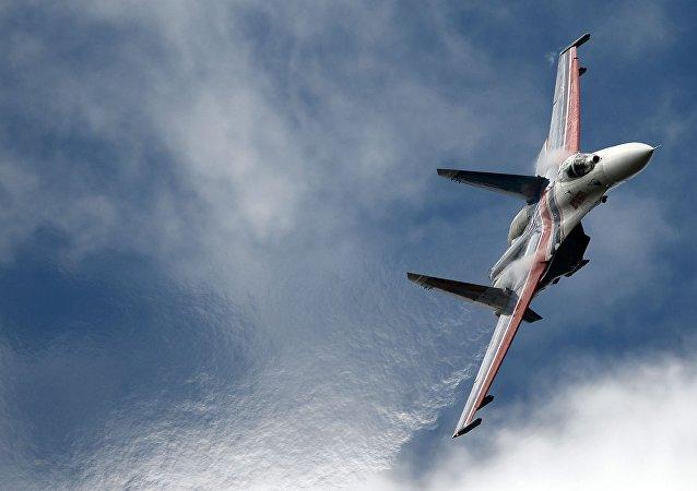 Su-27 russe