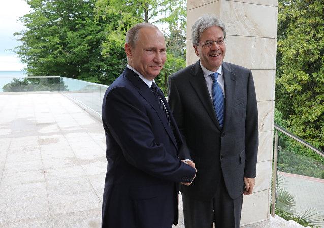 Rencontre de Vladimir Poutine et Paolo Gentiloni à Sotchi