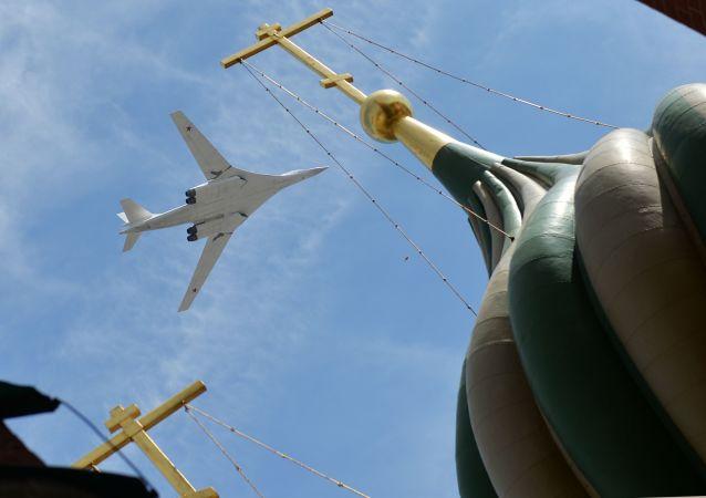 TU-160. Archive photo