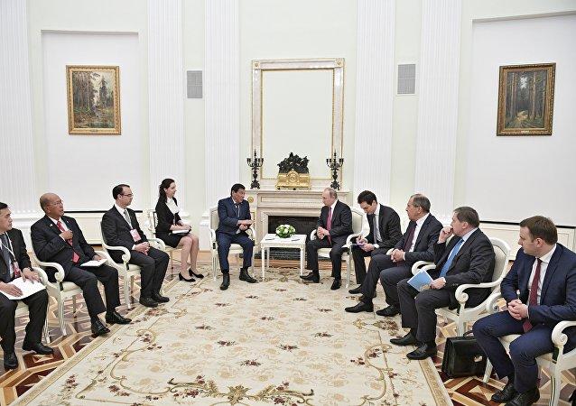 Rodrigo Duterte et Vladimir Poutine