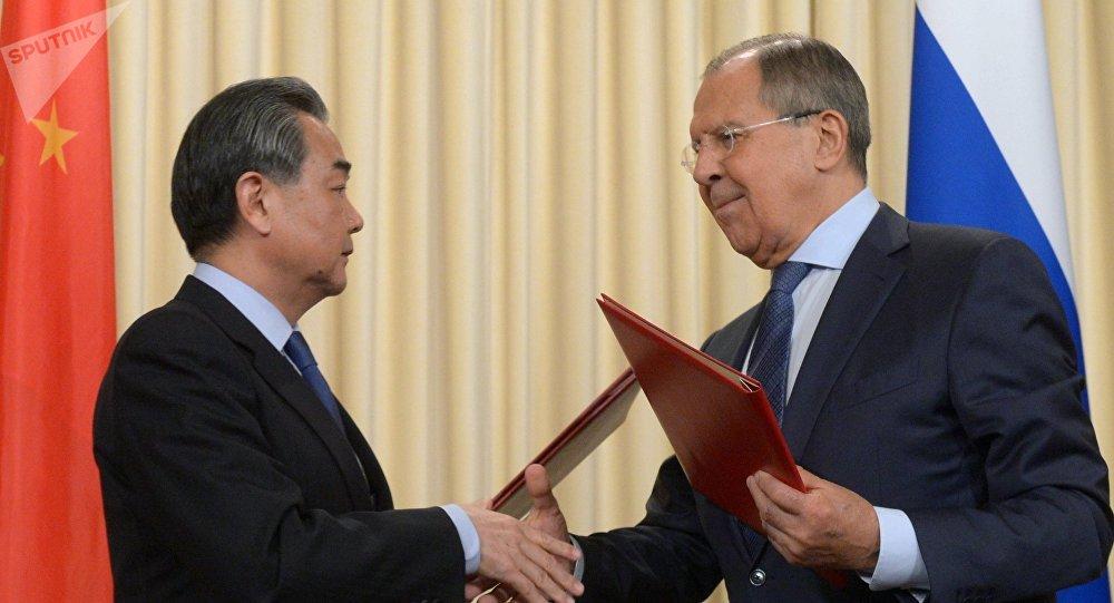 La Russie souhaite maintenir le dialogue avec les États-Unis