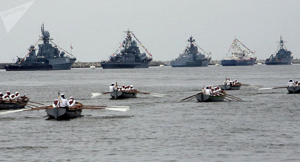 La Marine russe a simulé une bataille navale en mer Méditerranée