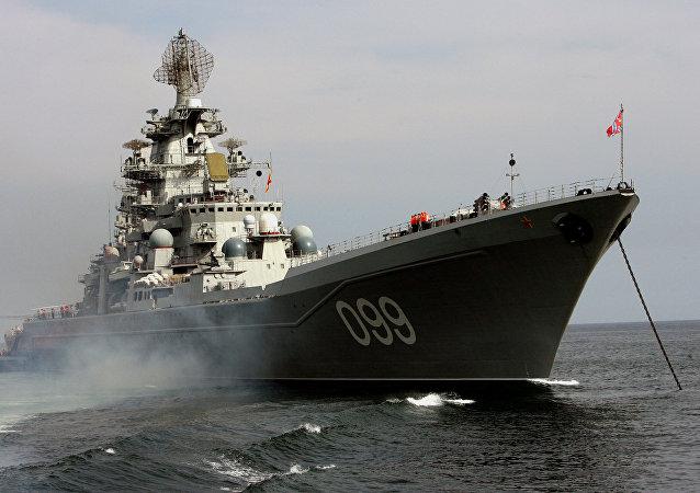 Le croiseur nucléaire lance-missiles Piotr Veliki (Pierre le Grand)