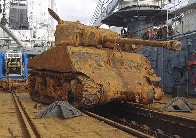 Le char américain M4 Sherman remonté par la flotte du Nord russe