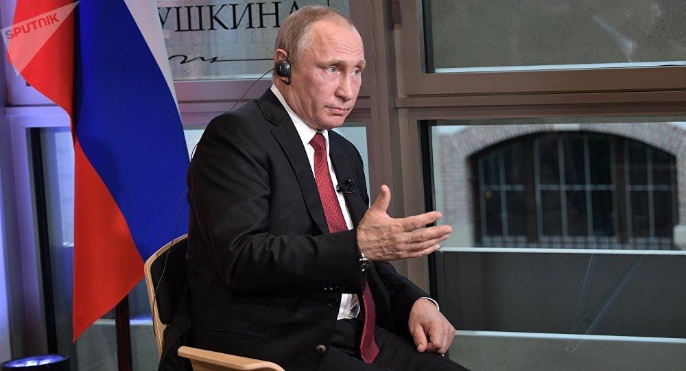 Poutine: «les hackers russes» pourraient être… américains