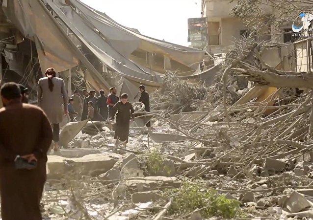 Frappe US contre Raqqa