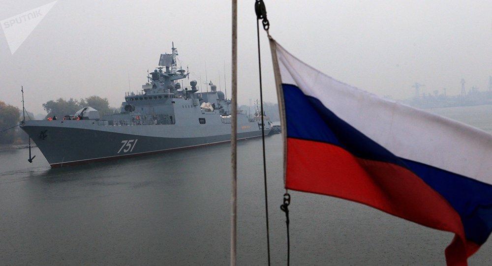 L'escadre de la Marine russe en Méditerranée renforcée