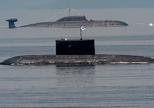 Sous-marins russes de la flotte du Pacifique lors des célébrations de la fête de la marine à Vladivostok