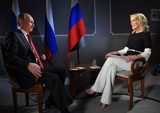 Poutine recommande aux États-Unis de modifier leur système électorale