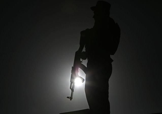 Un policier afghan