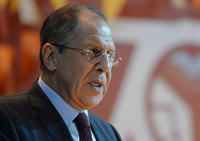 Sanctions ukrainiennes: Kiev n'entend pas remplir les accords de Minsk