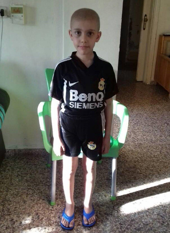 Taj, petit garçon de neuf ans atteint de leucémie