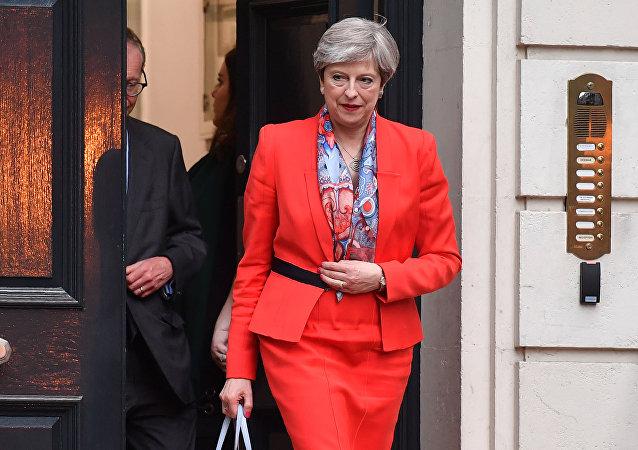 Theresa May devrait démissionner, selon la plupart des conservateurs britanniques