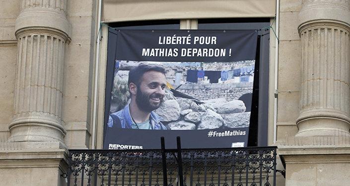 Après un mois de détention en Turquie, ce photojournaliste est de retour en France