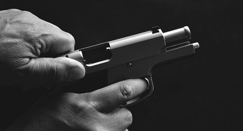 Un revolver