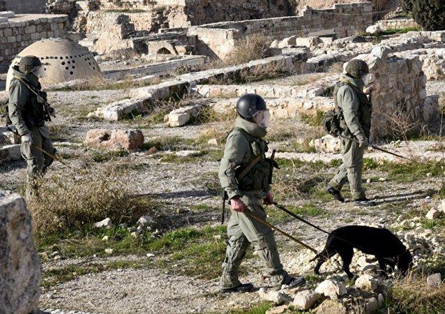 Démineurs russes à Alep