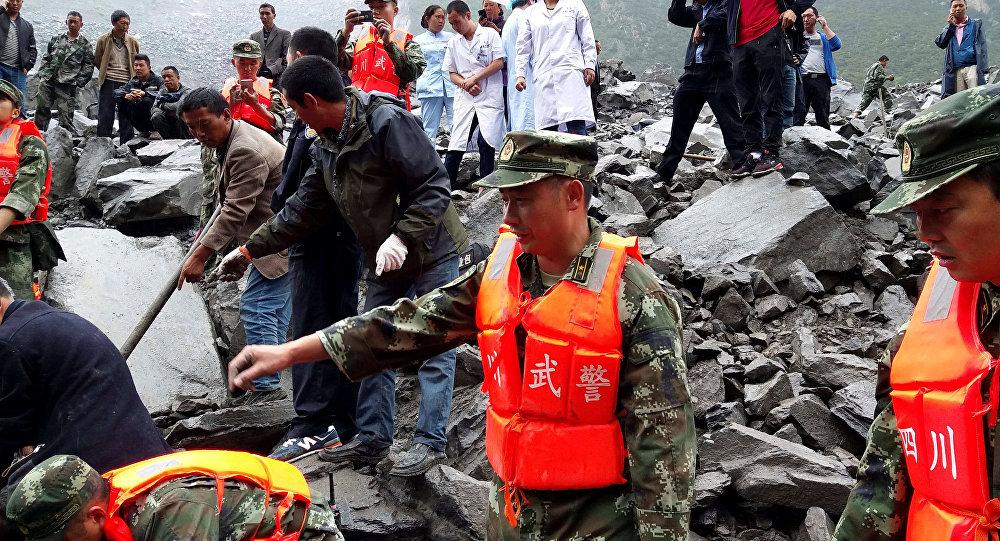 glissement de terrain dans la province du Sichuan