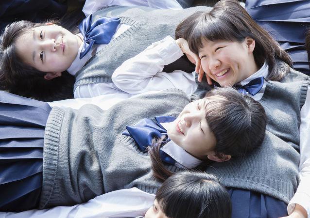 Des écolières japonaises