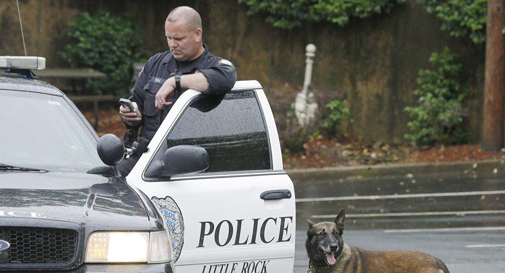 Un policier de Little Rock