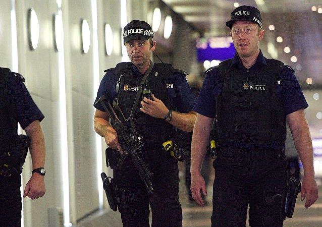 Police à l'aéroport de Manchester. Archive photo