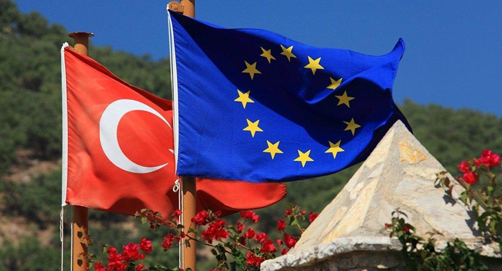 Peine de mort: l'UE ferme la porte à la Turquie