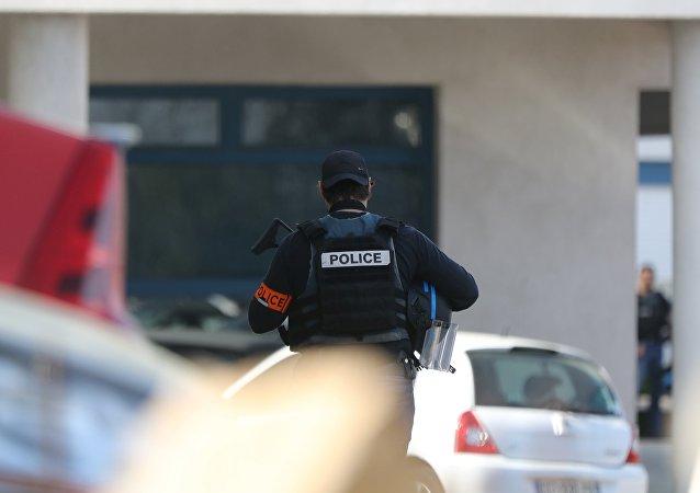 Un policier français