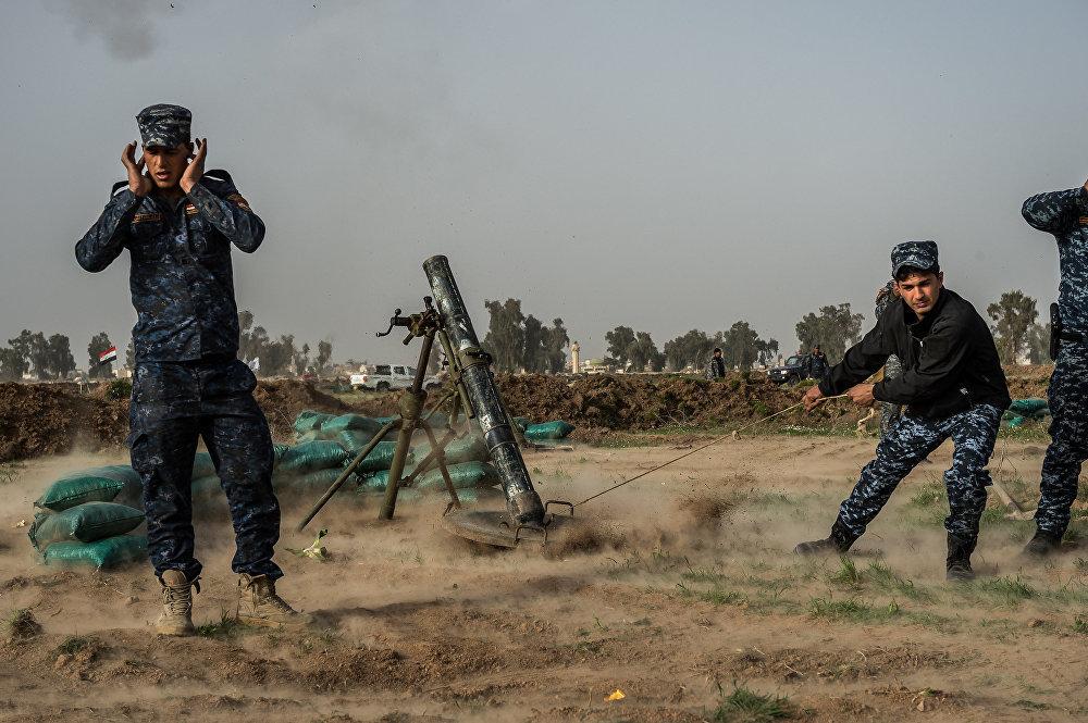 La vie à la guerre: le quotidien des opérations à Mossoul