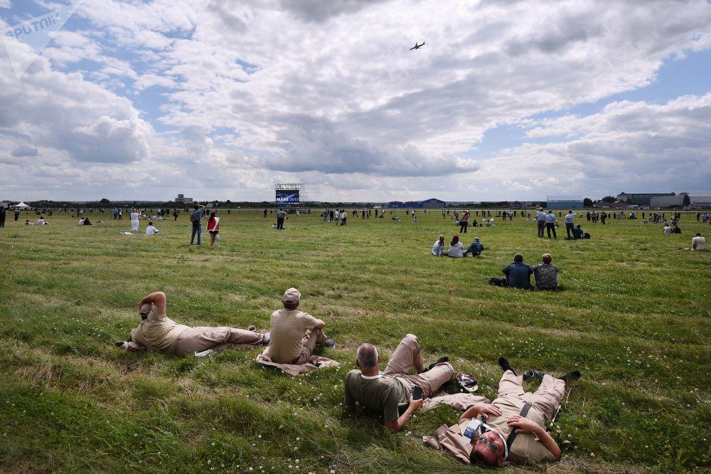 Les vols de démonstration au Salon aérospatial international MAKS 2017