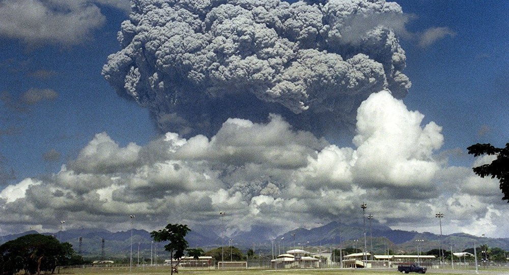 L'éruption du volcan philippin Pinatubo en juin 1991
