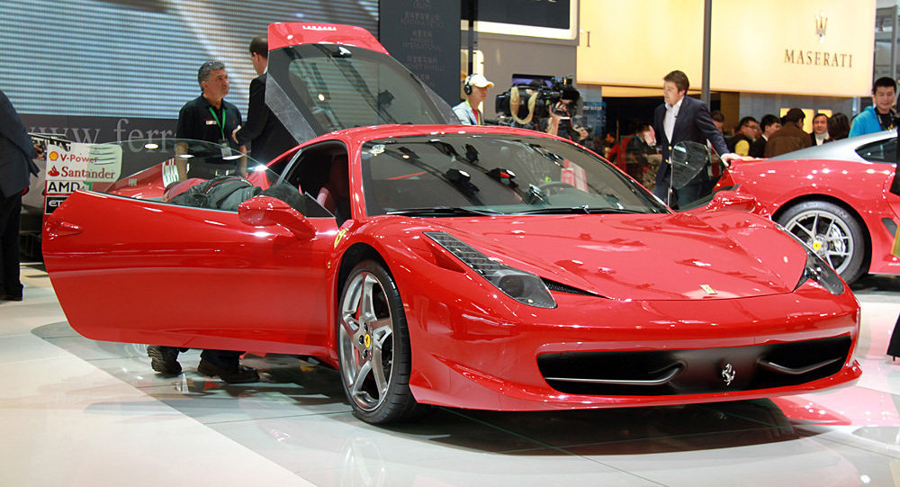 Une Ferrari