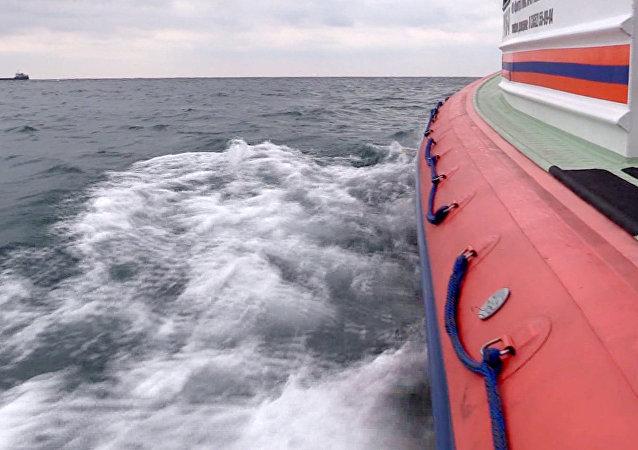Opération de sauvetage au large de la de Crimée. Archive photo