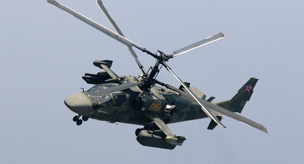 Comme l h licopt re russe ka 52 esquive les missiles en for Porte helicoptere