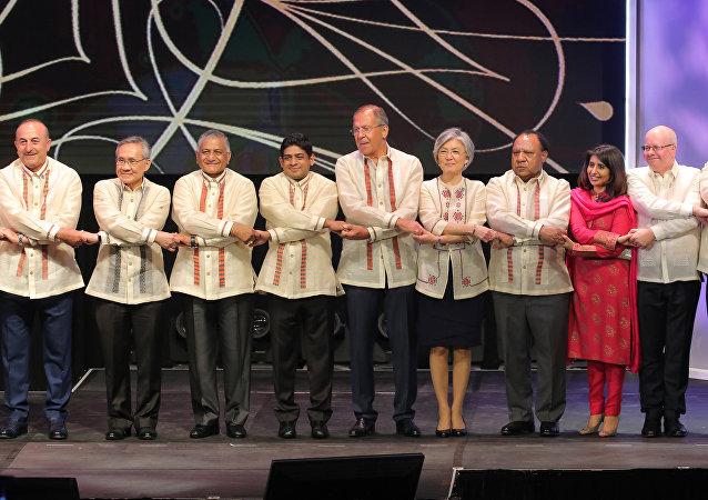 Sergueï Lavrov au sommet de l'ASEAN à Manille